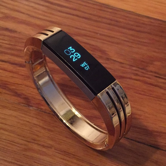 Gold Metal Fitbit Alta and Alta HR Band NWT